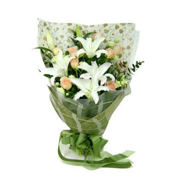 2 White lilies with 12 Champagne Roses Send to Manila Philippines