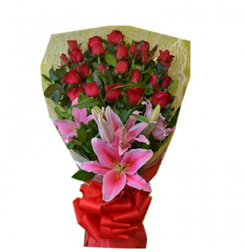 24 Red Roses Bouquet with Calla Lily