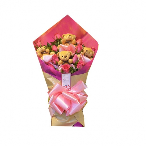 12 Pink Roses Bouquet with 4 mini Bear