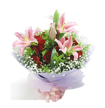 12 Red Roses with 3 Pink Perfume lilies Send to Manila Philippines