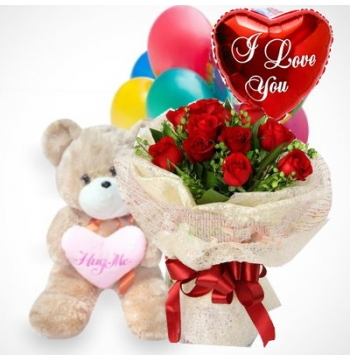 12 Red Roses Bouquet,Hug Me Bear with I Love u Balloon