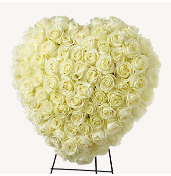 Heavenly Roses Heart Wreath Send to Manila Philippines