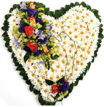 lavish Heart-Shaped Arrangement Send to Manila Philippines