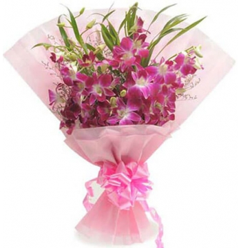 12 Pink Orchids in Bouquet