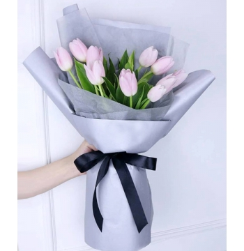 10 Stem Pink Tulips in a Bouquet