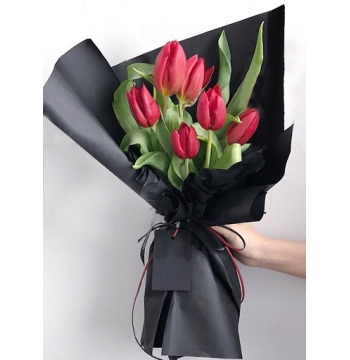 6 Red Color Tulips in a Bouquet