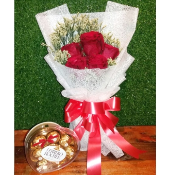 5 Pcs Red Roses with Ferrero Box Chocolate